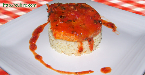 poached salmon with tomato sauce