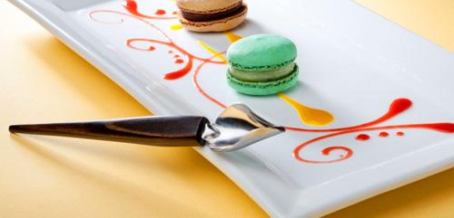 aplicador de salsas para decorar platos