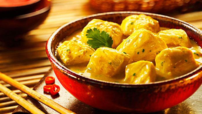 Pollo al curry chef cubiro for Como cocinar pollo al curry