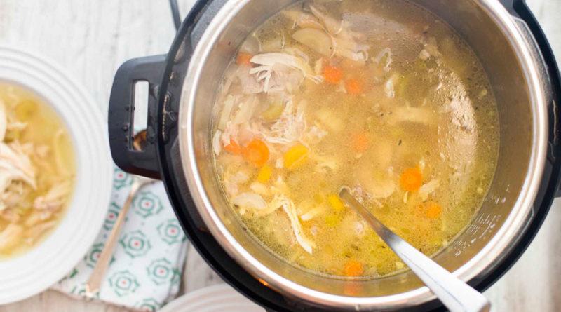 Sopa de Pollo en arrocera eléctrica