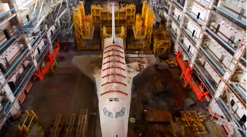 Alucinante video de naves espaciales abandonadas en Baikonur