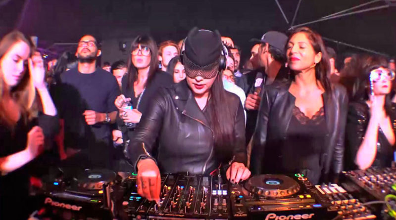 Sesión privada con DJ Miss Kittin