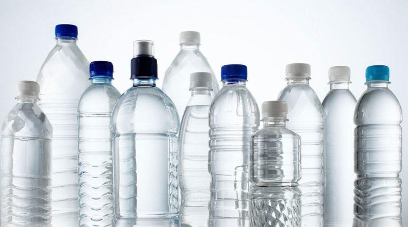 4 Alarmantes verdades acerca del agua embotellada