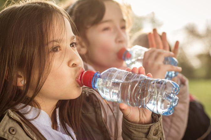 El agua embotellada y sus efectos sobre la salud