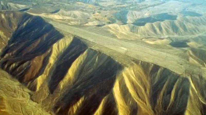 Las pistas de Nazca, cimas cortadas que desafían la explicación