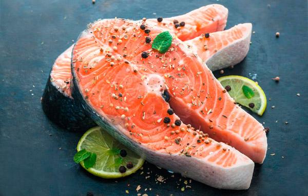 Alimentos que ayudan a prevenir las canas