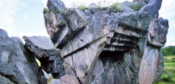 Lugares misteriosos en Peru Escaleras al revés de Sacsayhuaman