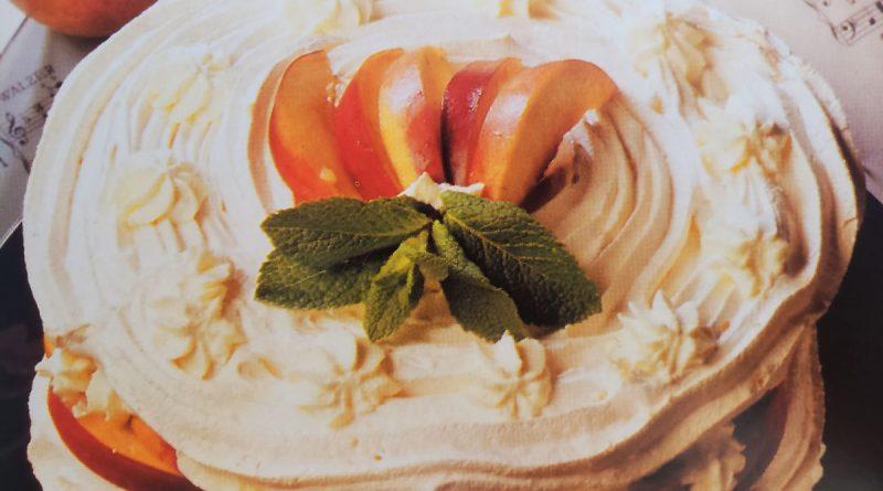 Receta de Merengue con nectarinas