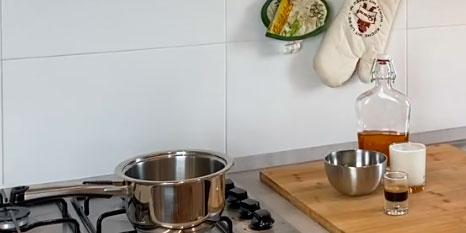 como hacer crema irlandesa Baileys en saucier