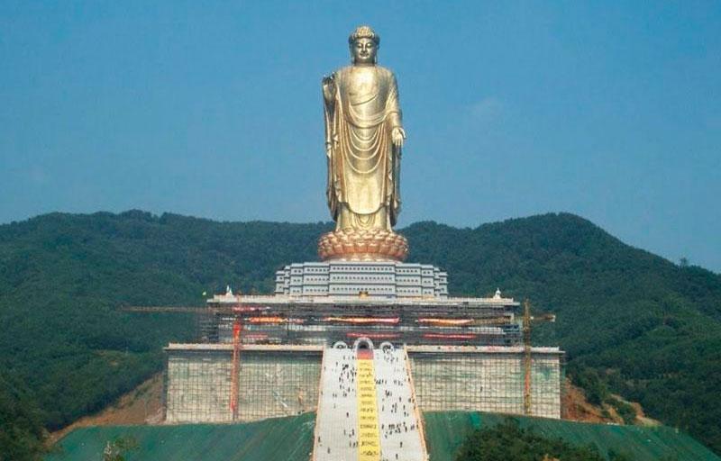 Spring Temple Buddha. Las estatuas más altas del mundo