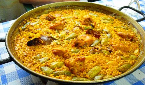 como hacer la paella valenciana