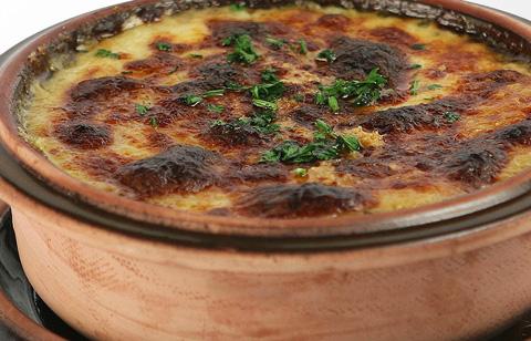 Sopa de cebolla, gratinada.... exquisita!!!